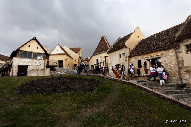 Cetatea Rasnov la interior