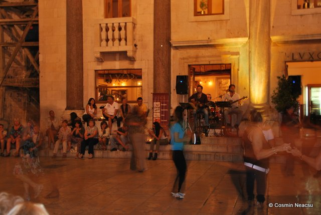 Dans nocturn in Split