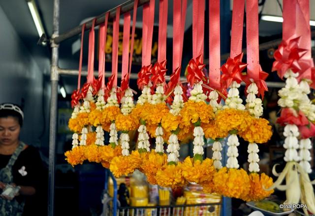Flori pentru templu