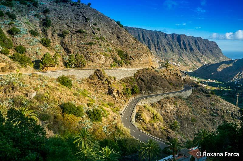 Pe drumuri virajate, in La Gomera