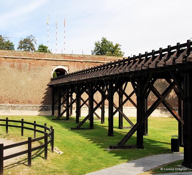Cetatea Alba Carolina - padoc si pod
