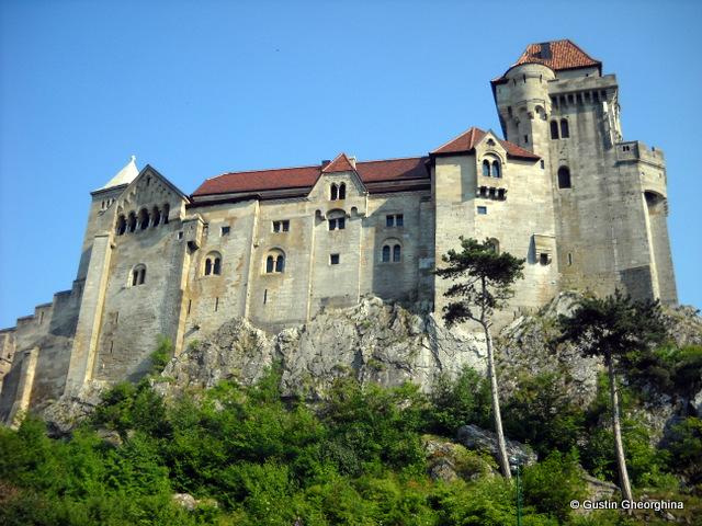 Castelul Liechtenstein (3)