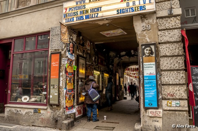 Berlin_Graffiti Courtyard _0433