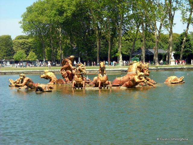 In Gradinile Versailles