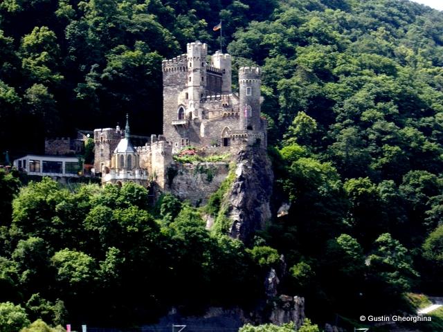 Trechtingshausen - Castelul Stachleck