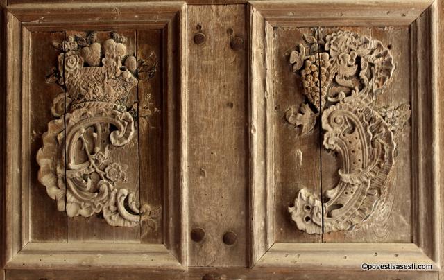 Biserica Biertan - detaliu usa