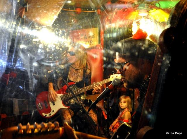 Tonomatul uman: bagi o fisă, schimbă muzica