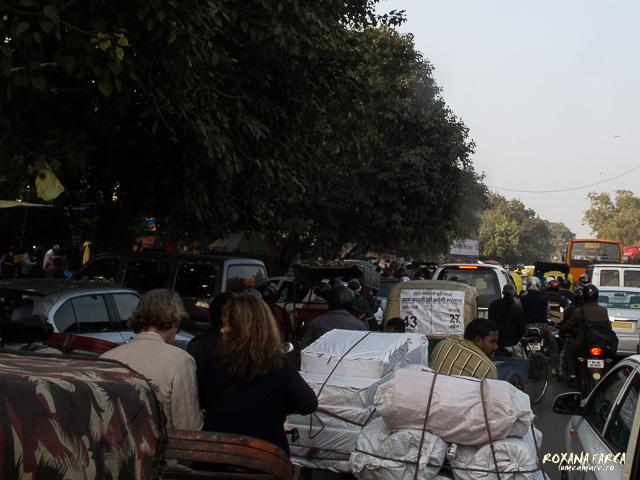 O zi obişnuită, pe străzile din Delhi