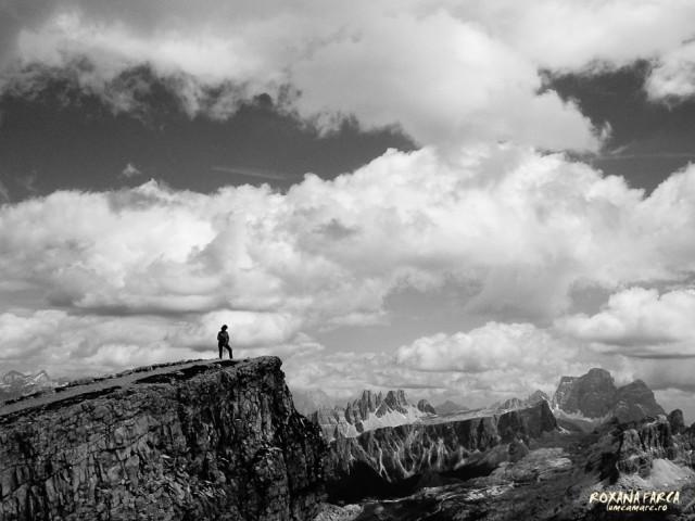 Peisaj în alb-negru (folosind funcţiile creative)