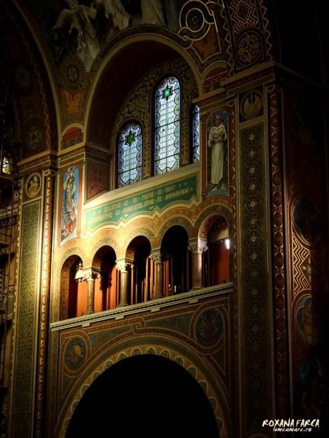 Interior de biserica