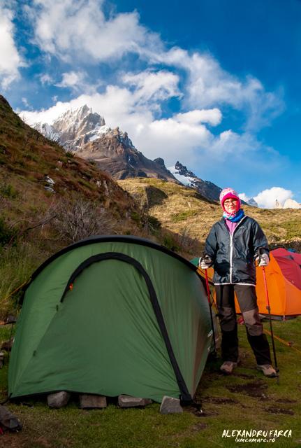 Lângă cort în Camping Paine Grande