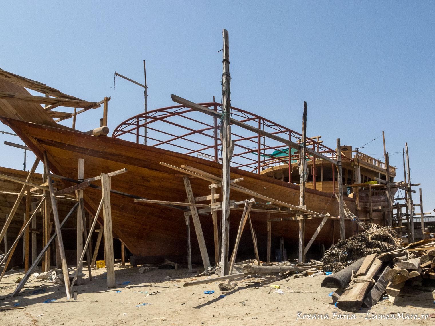 Oman-Sur-boats-8460