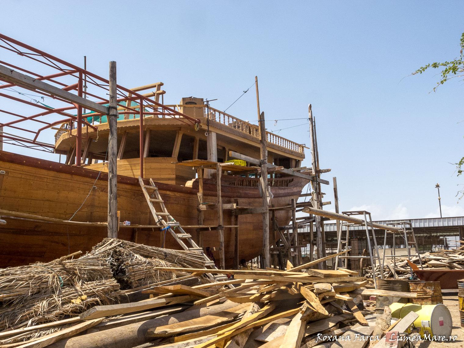 Oman-Sur-boats-8465