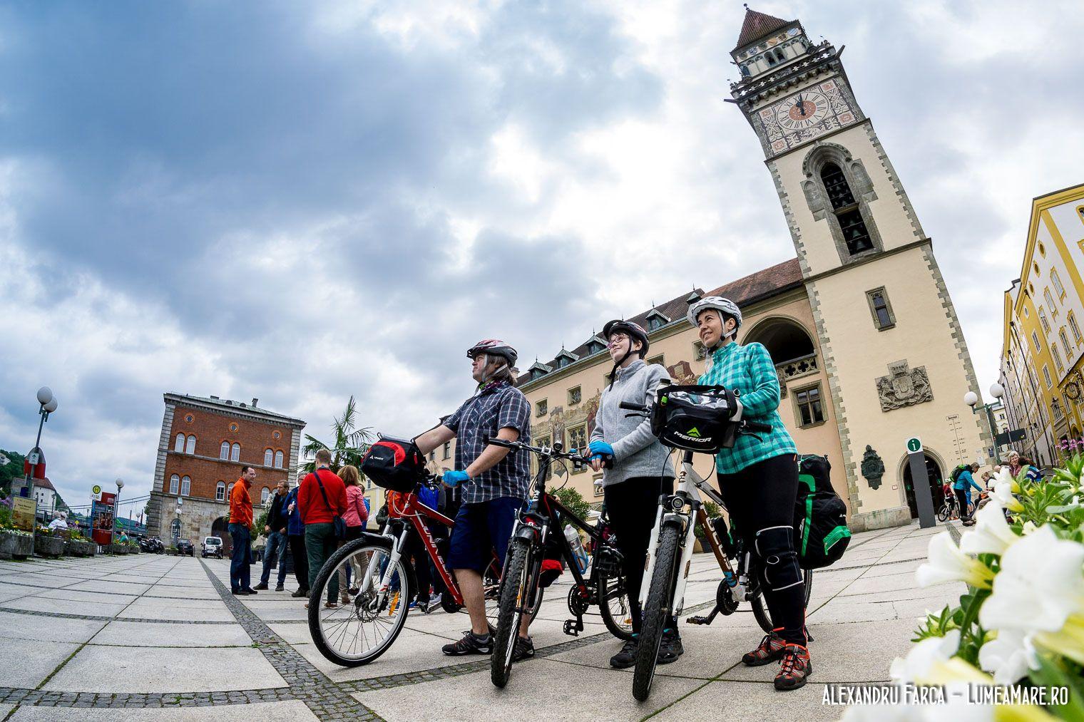 Plecarea din Passau, pe biciclete