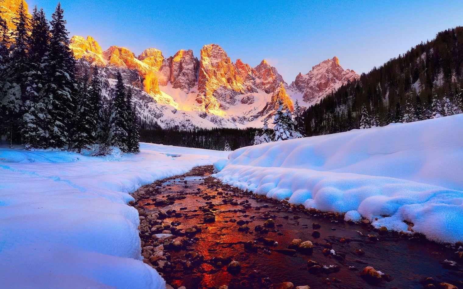 destinații pentru decembrie: Munții Dolomiți