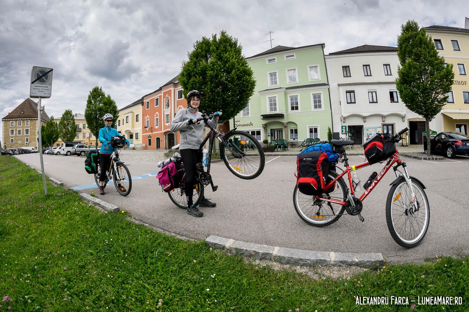 Cu bicicletele prin Mauthausen