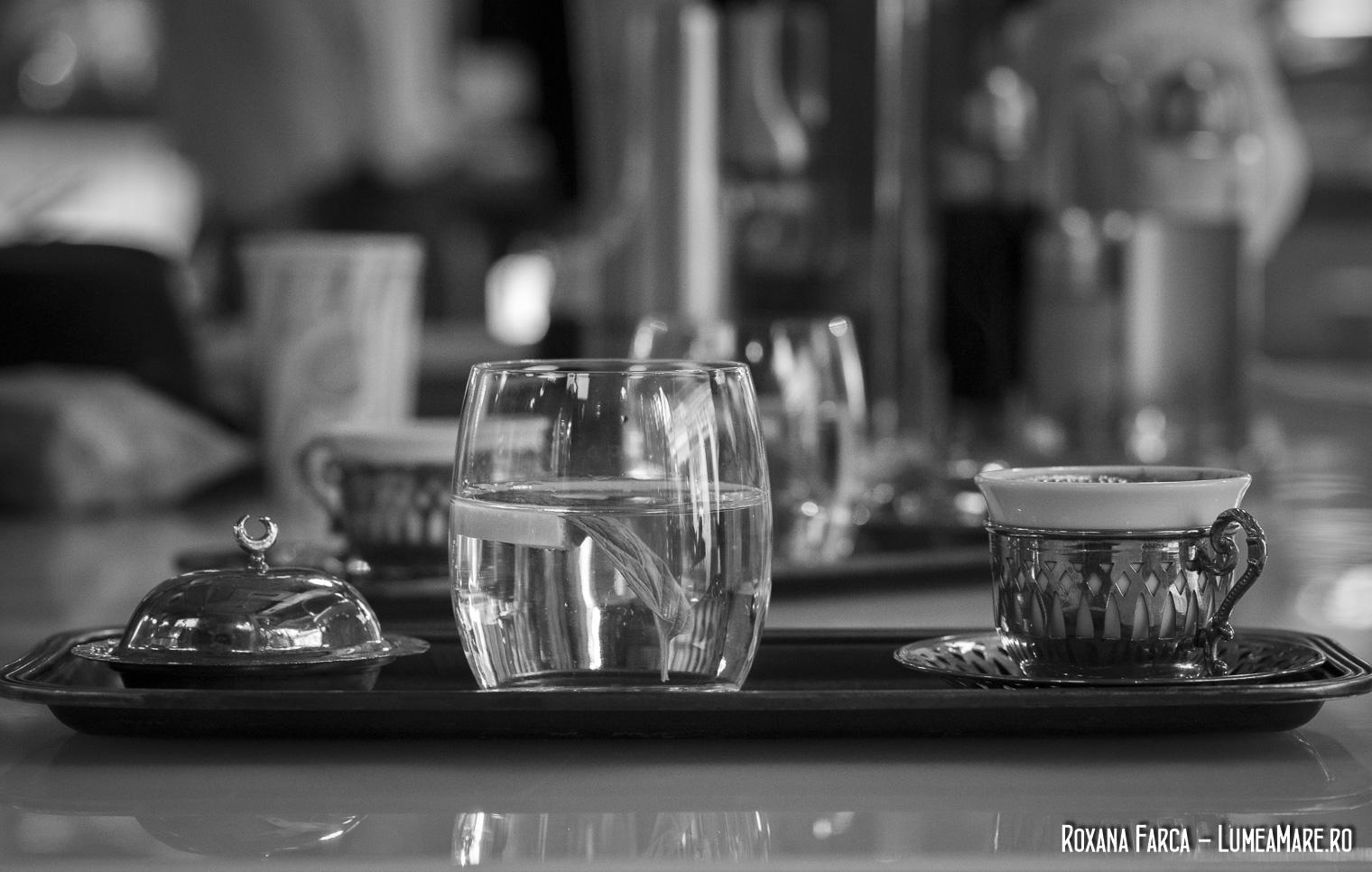 Cafea turceasca la Fez Cafe